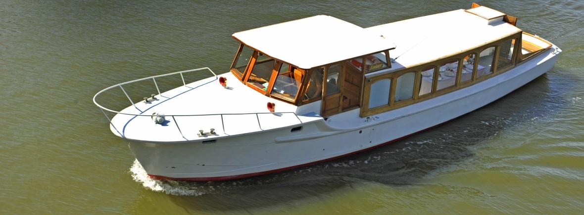 Amber Salonboot vaart voor kleine gezelschappen Navigo Amsterdam