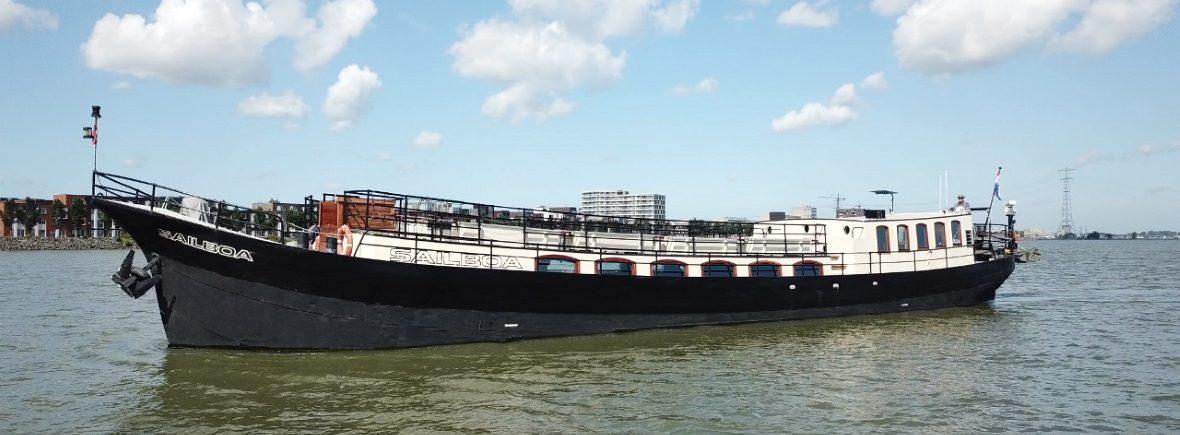 Evenementen Schip Sailboa Rederij Navigo varend op het water